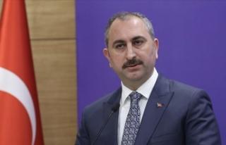 Adalet Bakanı Gül: Daha fazla bağıran değil haklı...