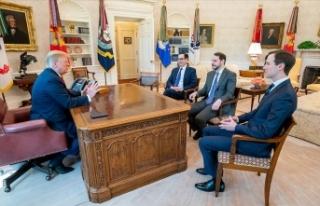 Bakan Albayrak Beyaz Saray'da ABD Başkanı Trump...