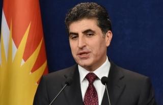 Barzani'den 'sorunların anayasa çerçevesinde...