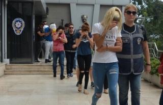 Bursa'da fuhuş çetesine operasyon: 11 gözaltı