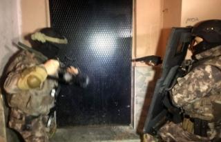 Bursa'da 24 kişiye FETÖ gözaltısı