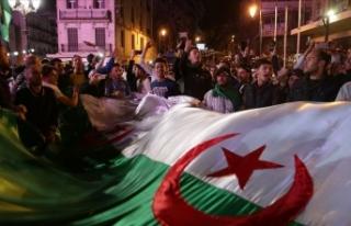 Cezayir'de Buteflika'nın istifası ve ordunun...