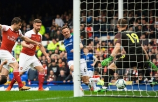 Everton Arsenal'ı tek golle geçti