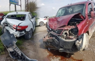 Hastaneye giderken kaza yaptı, hasta eşi yaralandı