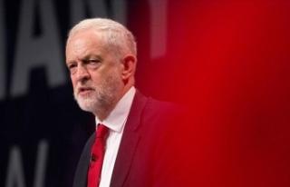 İngiltere'de Corbyn'in fotoğrafıyla atış...