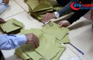 İstanbul'da 12 ilçede geçersiz oyların sayımına...