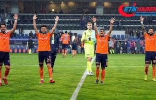 Lider Medipol Başakşehir lige damgasını vuruyor