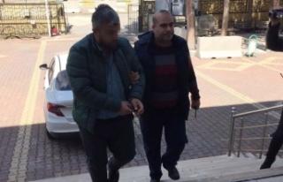 Mescitten yardım kutusu çalan şüpheli tutuklandı