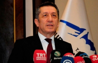 Milli Eğitim Bakanı Selçuk'tan '23 Nisan'...
