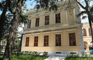 Restorasyonu tamamlanan 157 yıllık tarihi hastane...