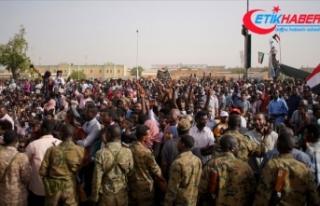 Rusya: Sudan'da durumun anayasal düzene döneceğini...