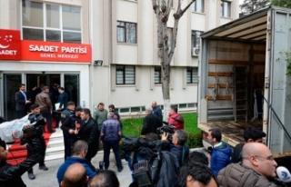 Saadet Partisi Genel Merkezi tahliye ediliyor