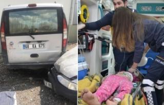 Sürücü rahatsızlandı, otomobil yayalara çarptı:...