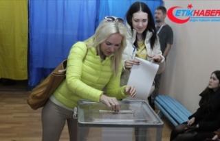 Ukrayna'da seçim resmen ikinci tura kaldı