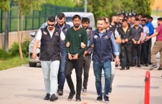 Adana'da 24 PKK şüphelisi adliyede