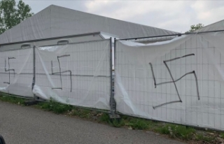 Almanya'da ramazan çadırlarına ırkçı saldırı