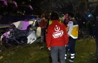 Ankara'da korkunç kaza: 1'i ağır 2 yaralı