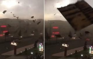Batman'da fırtına çatıları uçurdu, ağaçları...