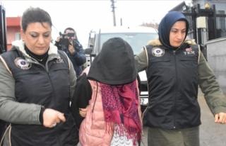 DEAŞ'lı kadın teröristi PKK'lılar sınıra...
