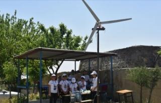 Elektrik kesintisine karşı rüzgar türbininden...