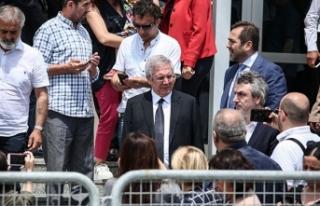 Fenerbahçeli taraftarlar destek için Silivri'de