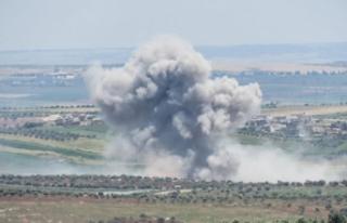 İdlib gece gündüz bombalanıyor, siviller Türkiye...