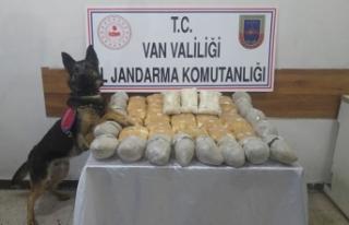 İran sınırında 43 kilo 200 gram eroin ele geçirdi