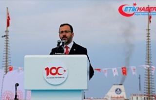 'İstiklalimizi geleceğe taşıyacak gençlerimiz...