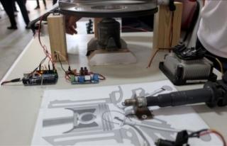 Lise öğrencilerinden benzinli motor yazılımı