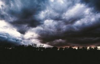 Meteorolojiden 12 il için kuvvetli rüzgar ve fırtına...