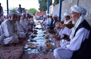 Özbek Türkleri asırlık iftar geleneğini yaşatıyor