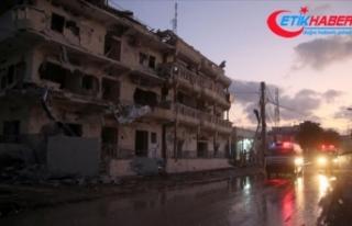 Somali'de bomba yüklü araçla saldırı: 4...
