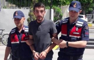 Turistlere uyuşturucu satarken yakalandı