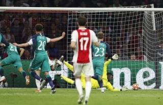 UEFA Şampiyonlar Ligi finalinde Liverpool'un...