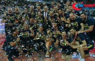 Voleybol Efeler Ligi'nde Fenerbahçe şampiyon...
