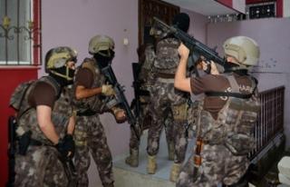 Adana'da uyuşturucu operasyonu: 58 gözaltı...