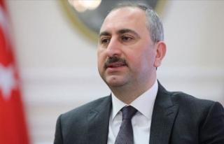 Bakan Gül'den milletvekillerine 'Yargı...