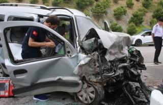 Bayram tatilinin ikinci gününde de trafik kazaları...