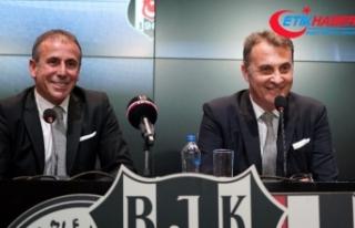 Beşiktaş, Abdullah Avcı ile resmi sözleşmeyi...