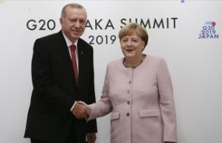 Cumhurbaşkanı Erdoğan Almanya Başbakanı Merkel'i...