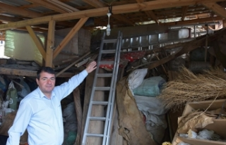 Evin bahçesinde bulunan 550 yıllık hamam depo olarak...