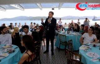 Milli Eğitim Bakanı Selçuk: Soru çözmek değil,...