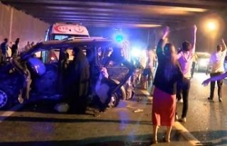 TEM Otoyolu'nda feci kaza: 2 ölü, 5'i...