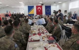 Cumhurbaşkanı Erdoğan Butmir'deki Türk askerlerini...