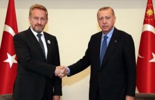 Erdoğan, Bosna Hersek'te Bakir İzetbegoviç...