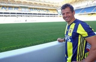 Fenerbahçe Kulübü: Emre Belözoğlu kaptanlık...