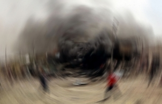 Hafter güçleri göçmen merkezini vurdu: En az 40...