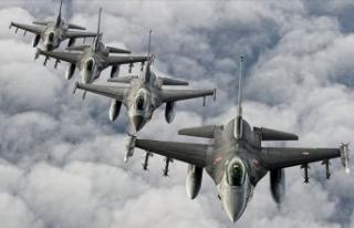 Irak'ın kuzeyine hava harekatı: 15 terörist...