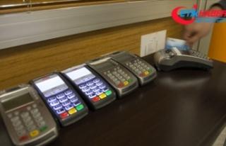 Kartlı ödemeler yılın ilk yarısında 455 milyar...