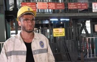 Profesyonel futbolcu maden ocağında çalışmaya...